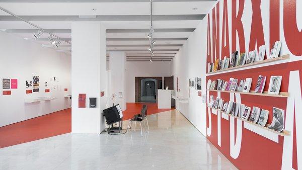 Formas de hacer en/lo público desde el arte y la cultura en Barcelona, desde los noventa a la actualidad