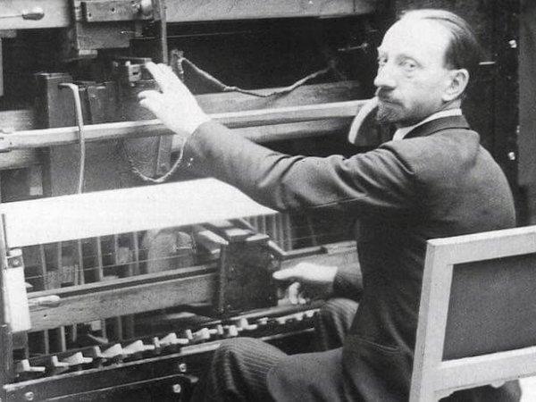Luigi Russolo's Russolofono