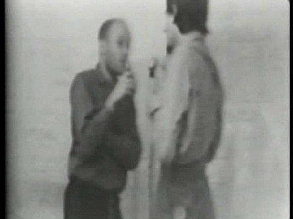 "Dan Graham ""Past/Future Split Attention"", 1972"