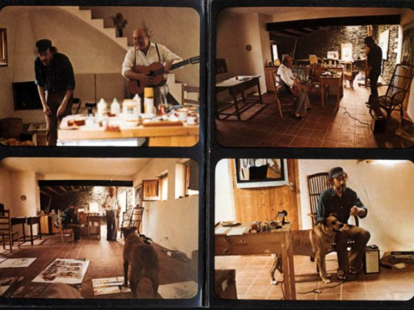 Intern cover with images captured during the recording of 'Canciones de Cadaqués'