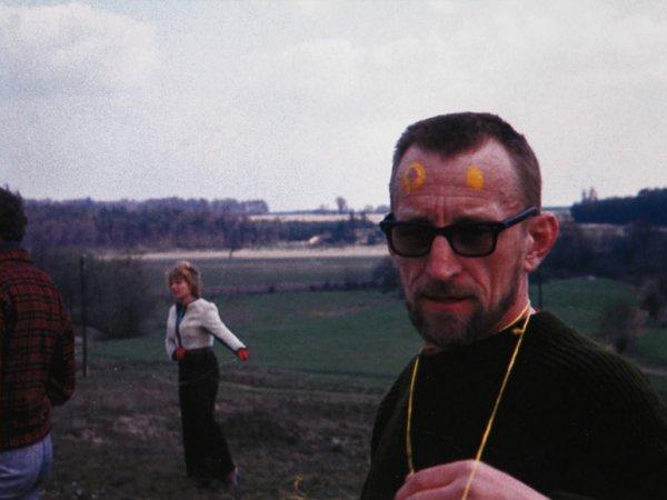 Oskar Hansen during Open Air Exercises in Skoki, 1972. © Wiktor Gutt