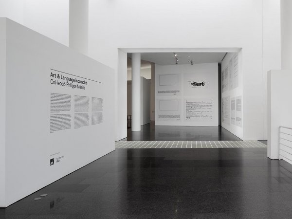 'ART & LANGUAGE Incomplet' exhibiton views, 2014. Photo:  EOS-AF, Estudi Orpinell & Sánchez -- Artesania Fotogràfica