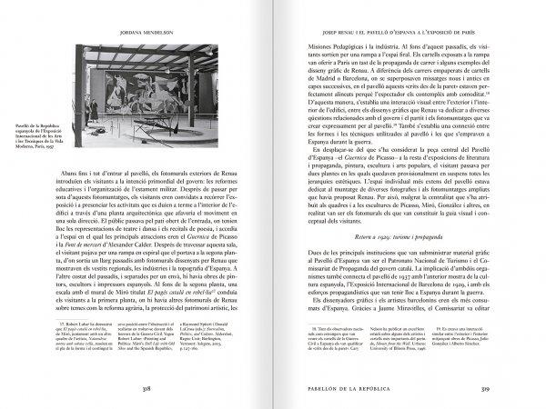 """Selección del catálogo """"Espacios fotográficos públicos. Exposiciones de propaganda, de Pressa a The Family of Man, 1928-1955"""" páginas 318 y 319"""