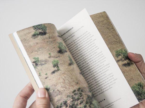 """Selección del catálogo """"Sous nos yeux"""", páginas 36 y 37"""