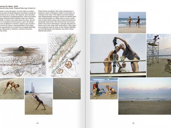 """Selecció del catàleg """"La danza fenicia de la arena / Phoenician Sand Dance. Sigalit Landau"""", pàgines 44 i 45"""