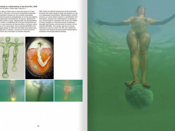 """Selecció del catàleg """"La danza fenicia de la arena / Phoenician Sand Dance. Sigalit Landau"""", pàgines 60 i 61"""