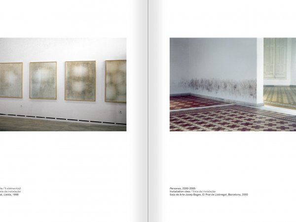 Selection from the catalogue 'Ignasi Aballí. 0-24 h', pages 302 and 303