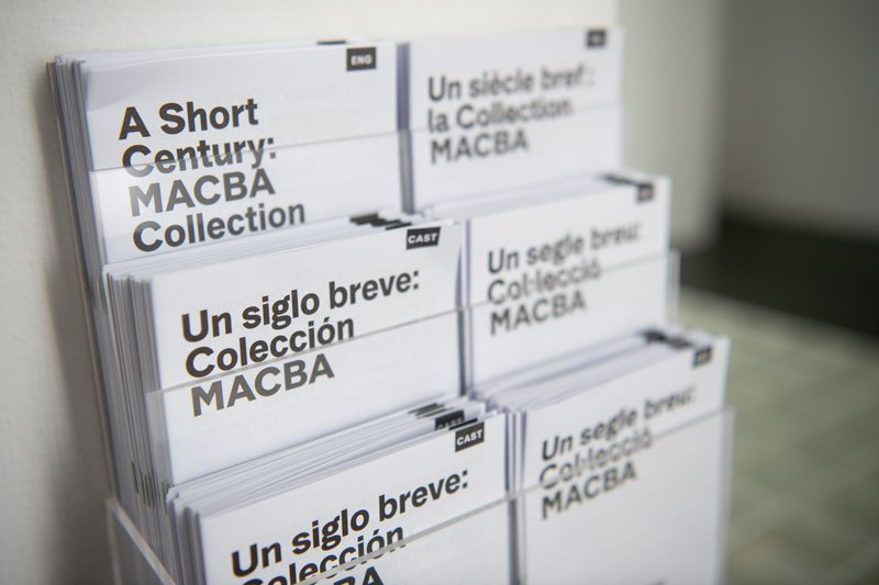 "Folleto ""Un segle breu: Collecció MACBA"""