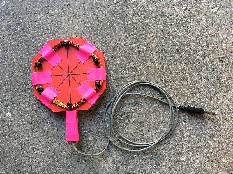 Prototip d'antena del Grup de treball de Ràdio Web MACBA