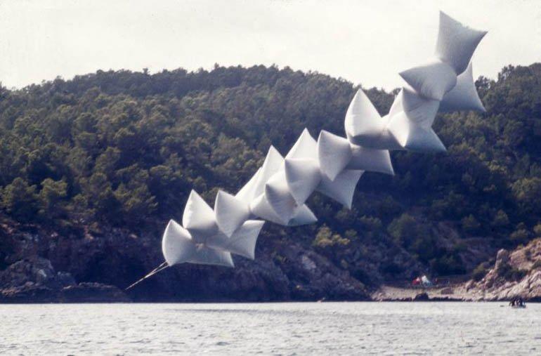 """""""Inflable de Josep Ponsatí"""", 1971. Foto Fernando Amat"""