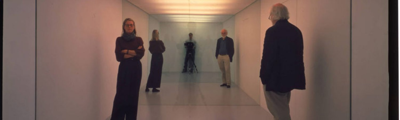 """Dan Graham """"Public Space / Two Audiences"""", 1976"""