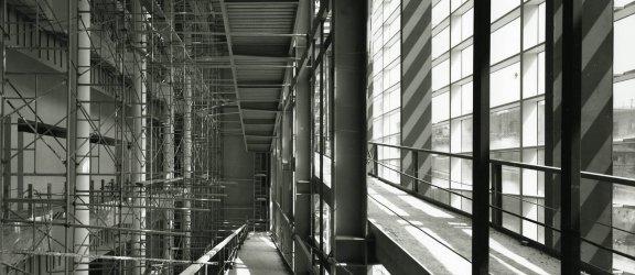 Fotografía del MACBA del museo en obras por Lluis Casals