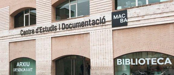 Fachada del Centre d'Estudis i Documentació MACBA