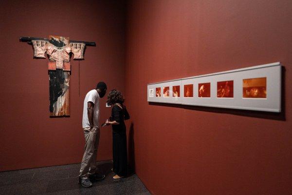"""Visitem """"En temps real. La Col·lecció Rafael Tous d'art conceptual"""""""