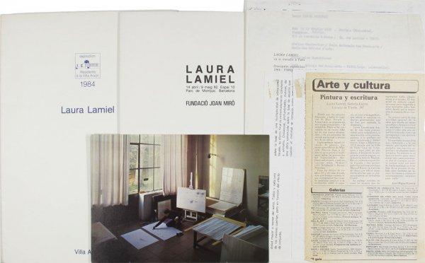 [Conjunt de documents relacionats amb l'artista Laura Lamiel]