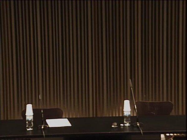 Seth Siegelaub conversa amb Bartomeu Marí sobre els seus projectes expositius -- Història de les exposicions: Més enllà de la ideologia del cub blanc (segona part) [Enregistrament audiovisual activitat]