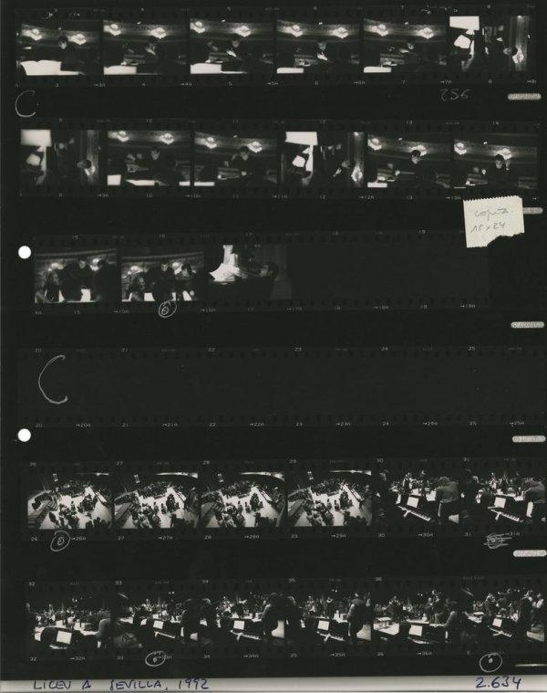 [El Gran Teatre del Liceu a Sevilla. Plácido Domingo] [full de contacte 2634]