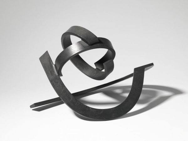Conjunción dinámica de dos pares de elementos curvos y livianos