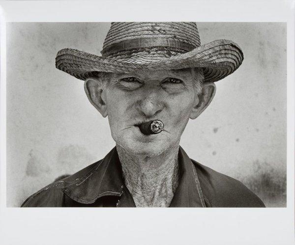 """Hombre con puro, del libro """"La vida"""""""
