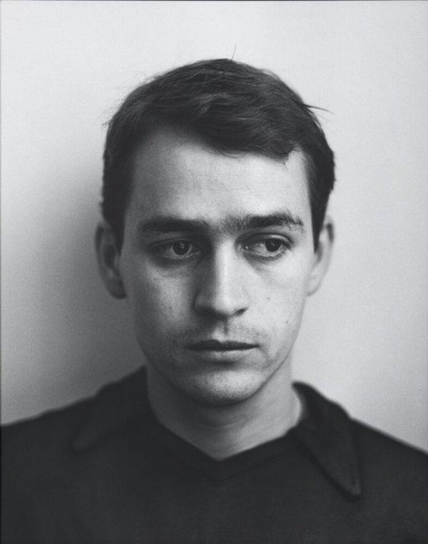 """Javier Anguera, carrer Rec, Barcelona. Febrer 1996. Sèrie: """"La ciutat de la gent"""""""