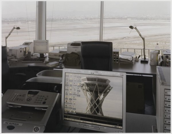 "The New Control Tower and Its Interior, Barcelona Airport, El Prat del Llobregat. Sèrie: ""Connexions globals"""