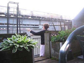 """DB6-1AMNYSubway"" Brenda Hutchinson, Daily Bell 2008 project"