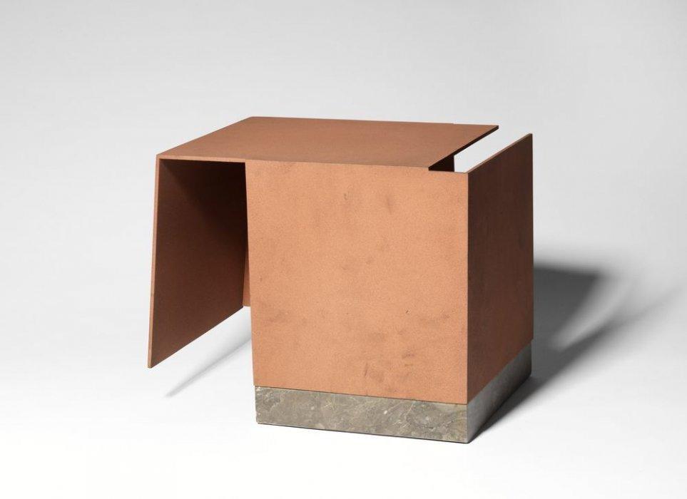 Caja metafísica por conjunción de dos triedros