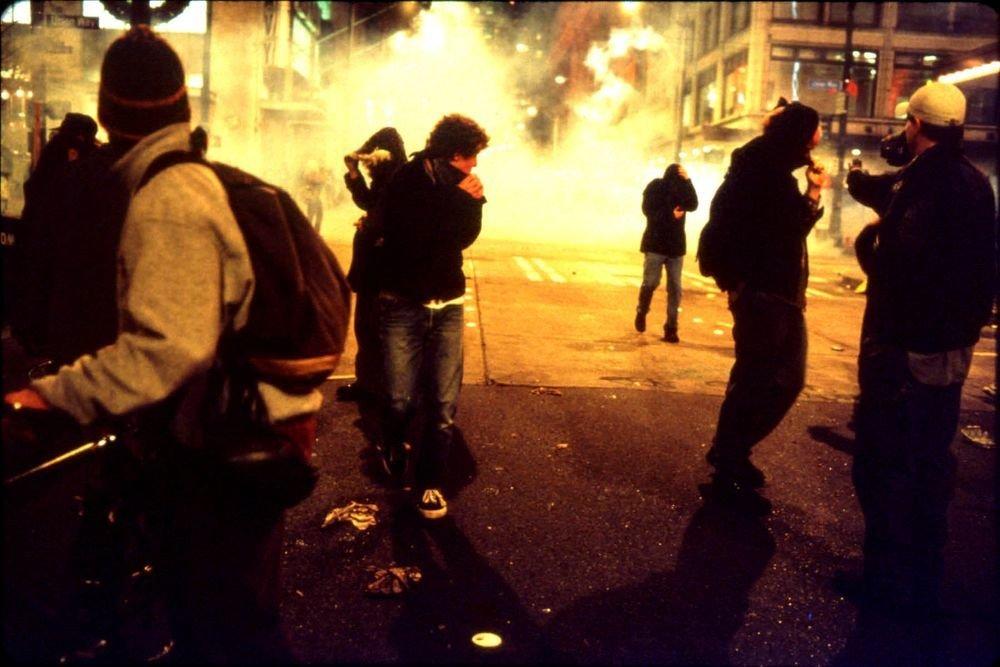 Esperando el gas lacrimógeno