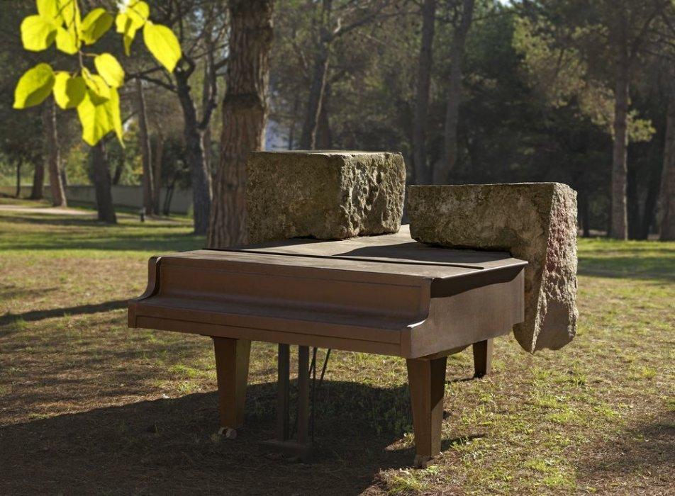 Piano Track