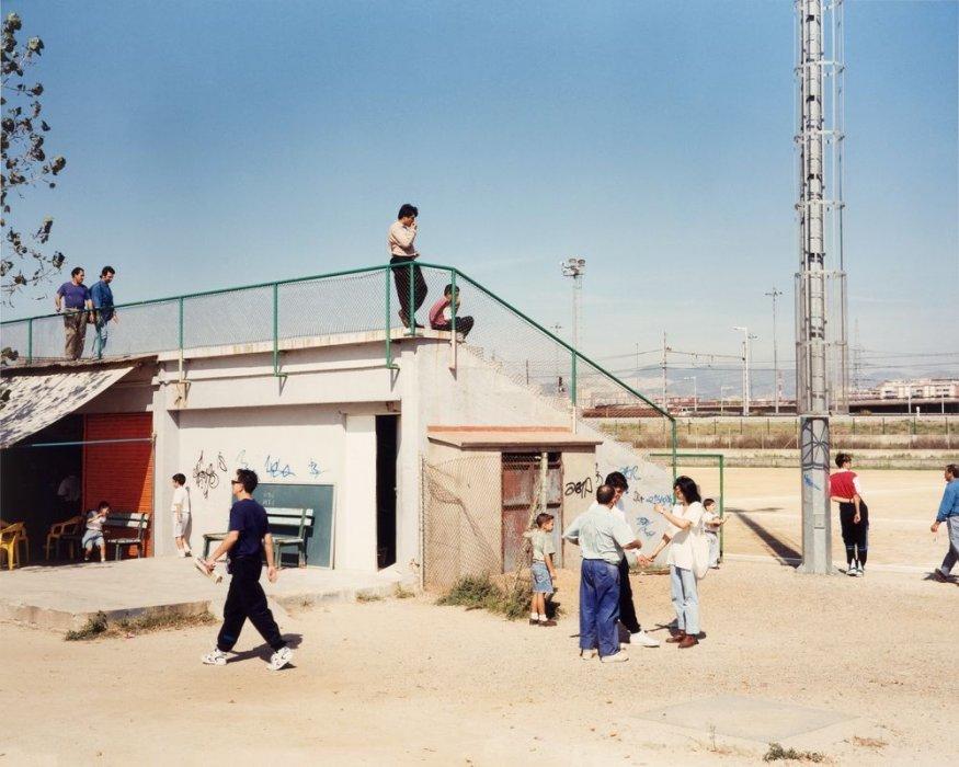 """Sin título (Campo de fútbol). Serie: """"Domingos"""""""