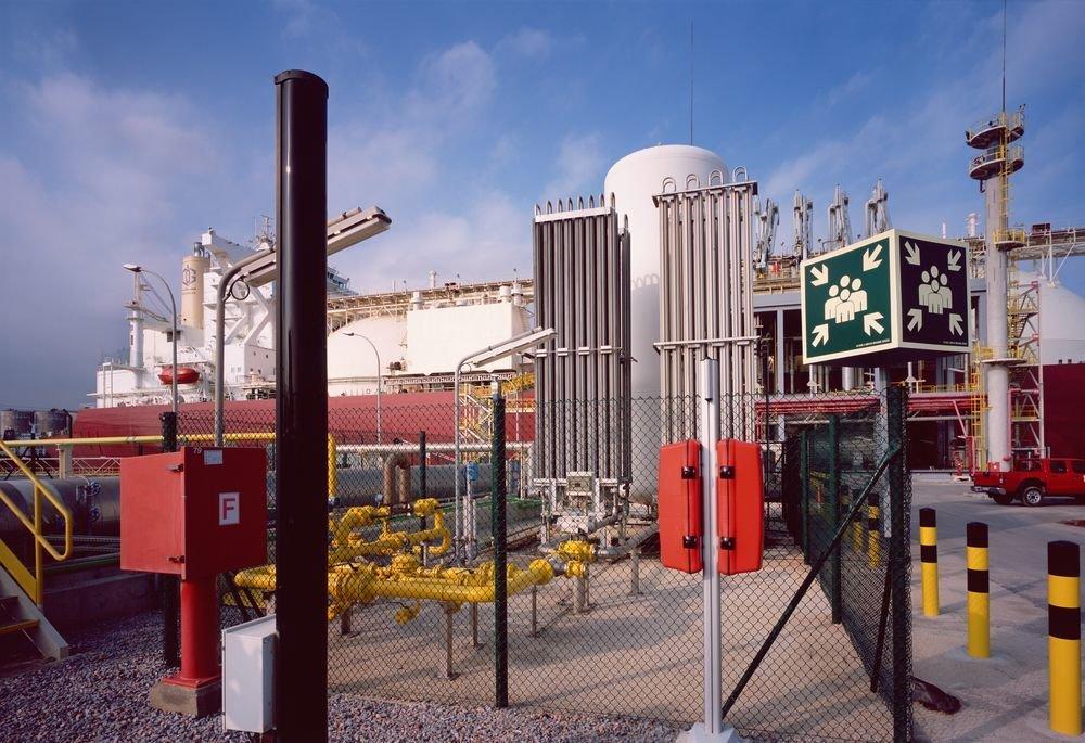Terminal de gas, Barcelona. Sèrie: «Metà per a tothom»
