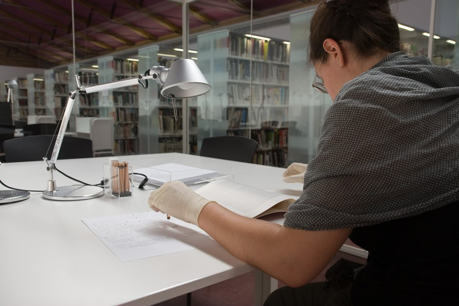 Biblioteca - Consultas especiales