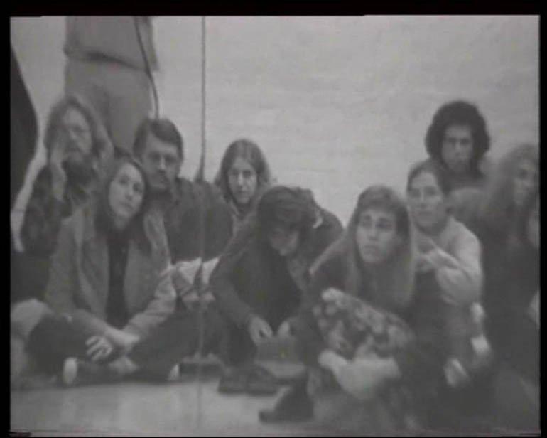 """Dan Graham """"Performer/Audience/Mirror"""", 1975"""