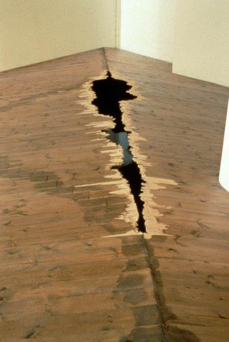 "Rosie Leventon ""False floor"", 1996. Fotografia: Martín García Pérez"