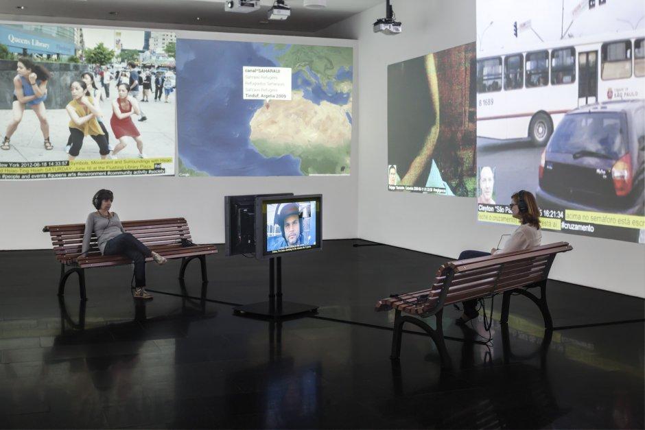 """Vistes de l'exposició """"Antoni Abad. megafone.net/2004-2014"""". Foto: Miquel Coll"""