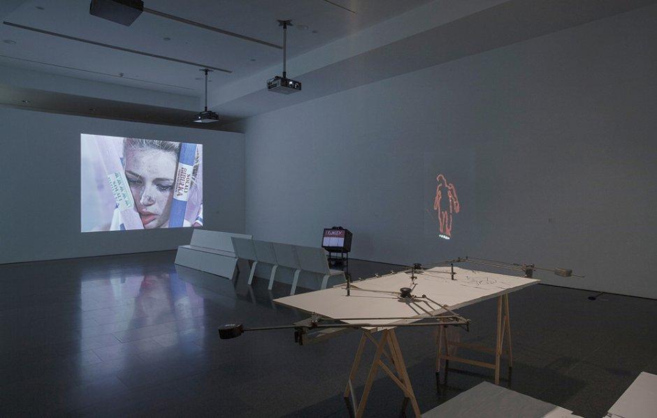 """Vistes de l'exposició """"Oskar Hansen. Forma oberta"""", 2014"""