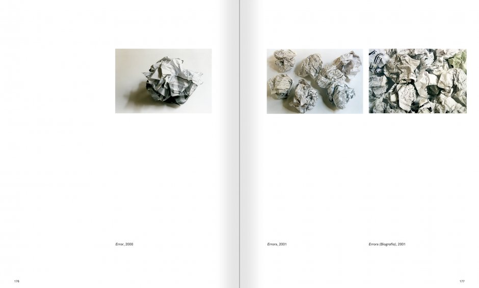Selection from the catalogue 'Ignasi Aballí. 0-24 h', pages 176 and 177