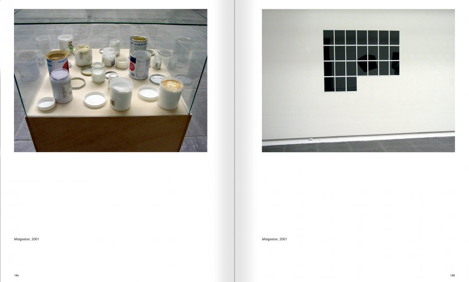 Selection from the catalogue 'Ignasi Aballí. 0-24 h', pages 194 and 195
