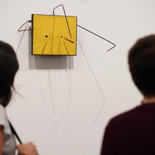 """Vistas de la exposición """"Takis"""", 2019. Foto: Miquel Coll"""