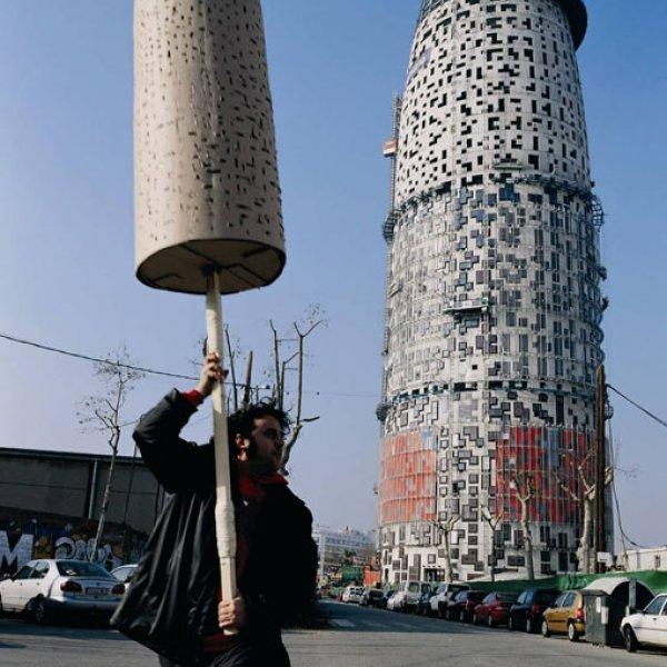 "Jordi Colomer ""Anarchitekton (Barcelona, Bucarest, Brasilia, Osaka)"", 2004"