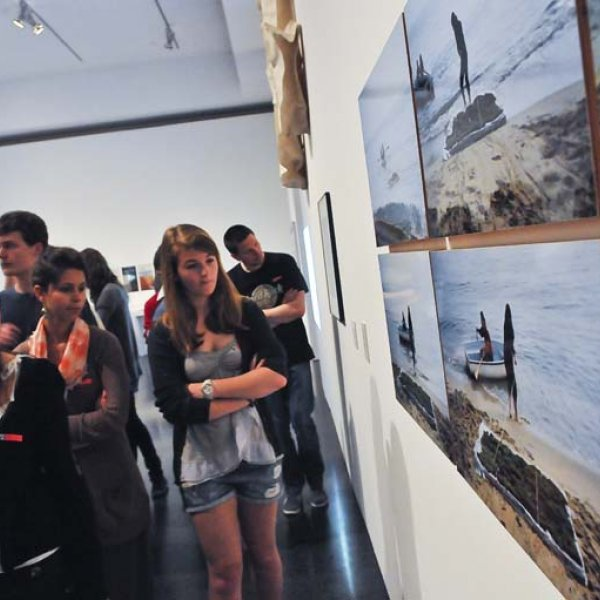 Students from the SJB Secondary School at MACBA, 2011. Photo: David Campos