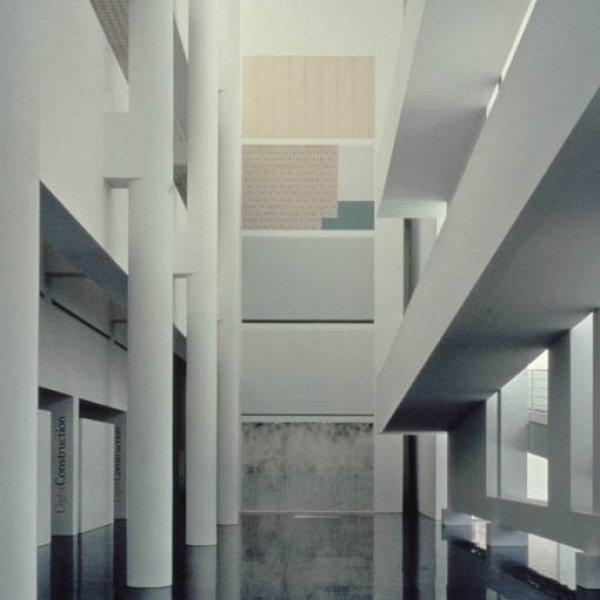 """Ignasi Aballí """"Enderroc"""", 1996. Fotografia: Martín García Pérez"""