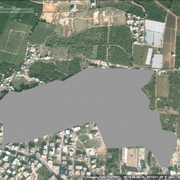 Reconstrucción de una imagen de satélite de Google Maps ya no accesible, con el campo de Burj al-Shamali borrado digitalmente © Digital Globe 2007 y Yasmine Eid-Sabbagh, 2017