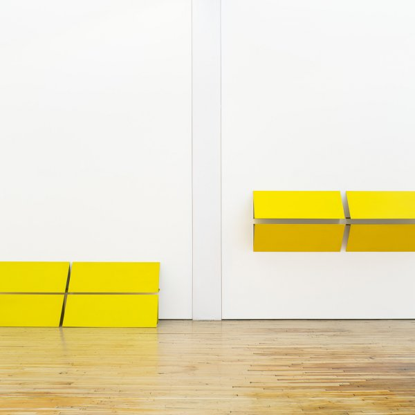 "Charlotte Posenenske, ""Reliefs Serie C (Reliefs Series C)"", 1967. Vista de la instalación, Dia:Beacon, Beacon, Nueva York. Daimler Art Collection, Stuttgart/Berlin. © Estate of Charlotte Posenenske, Frankfurt. Foto: Bill Jacobson Studio, Nueva York. Cortesía de Dia Art Foundation, Nueva York."
