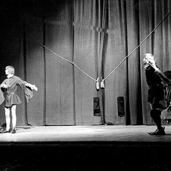 """Representació d' """"Or i sal"""", al Palau de la Música Catalana, Barcelona, 18 de maig del 1961. De la fotografia: © Fotos Barceló, Barcelona, 2019."""