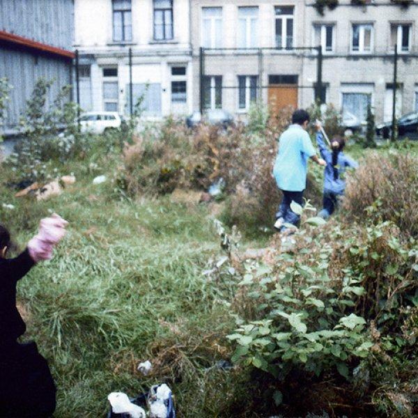Lara Almarcegui, Abrir un descampado, Brusel·les, 2000.