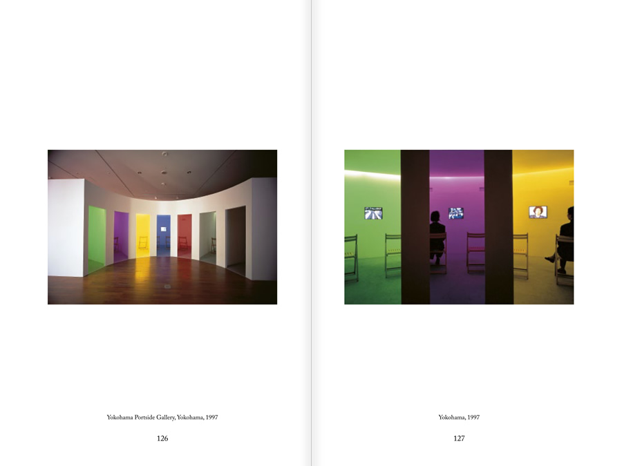 MUNTADAS. BETWEEN THE FRAMES: THE FORUM, pages 126 and 127
