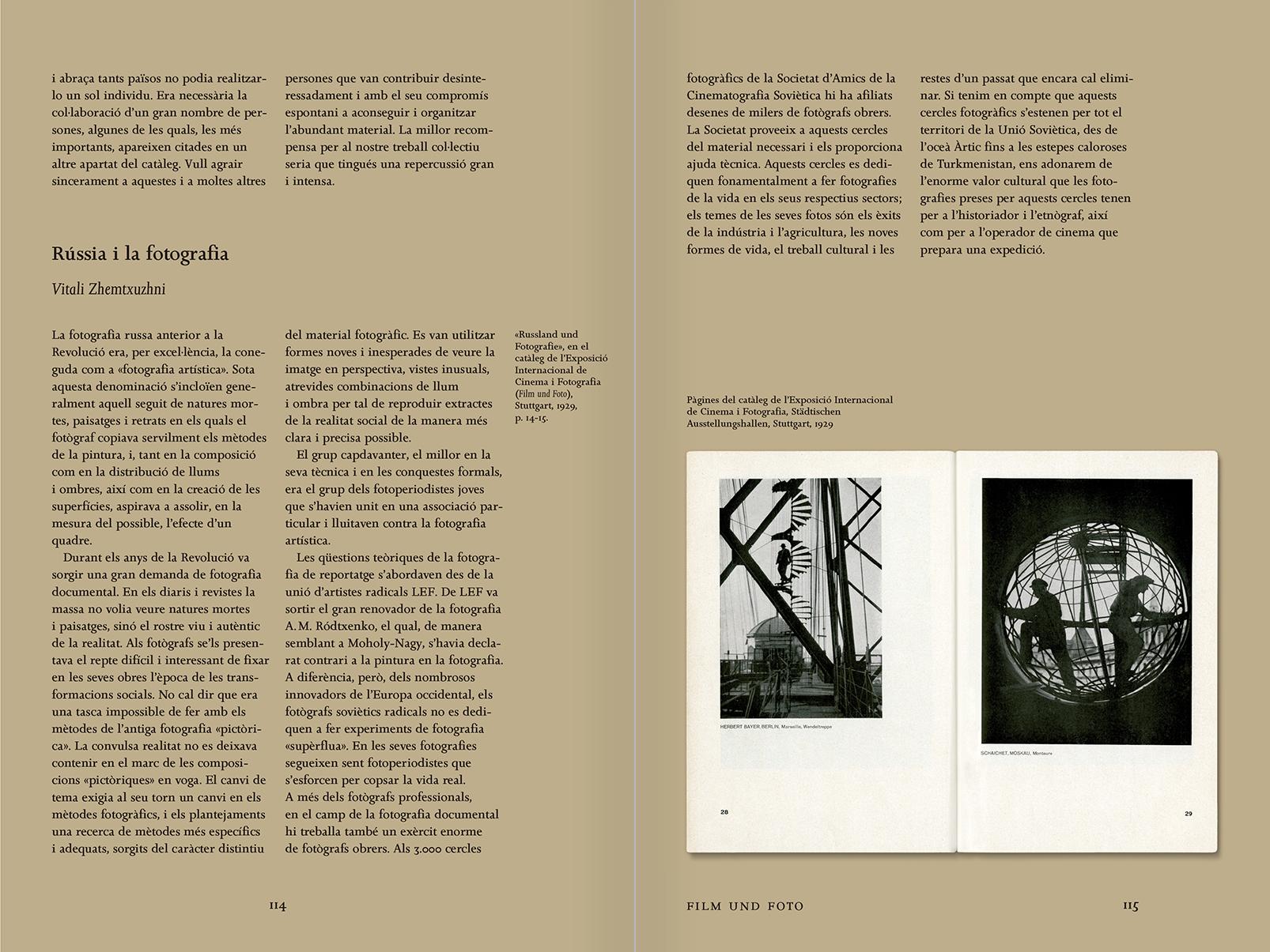 """Selección del catálogo """"Espacios fotográficos públicos. Exposiciones de propaganda, de Pressa a The Family of Man, 1928-1955"""" páginas 114 y 115"""
