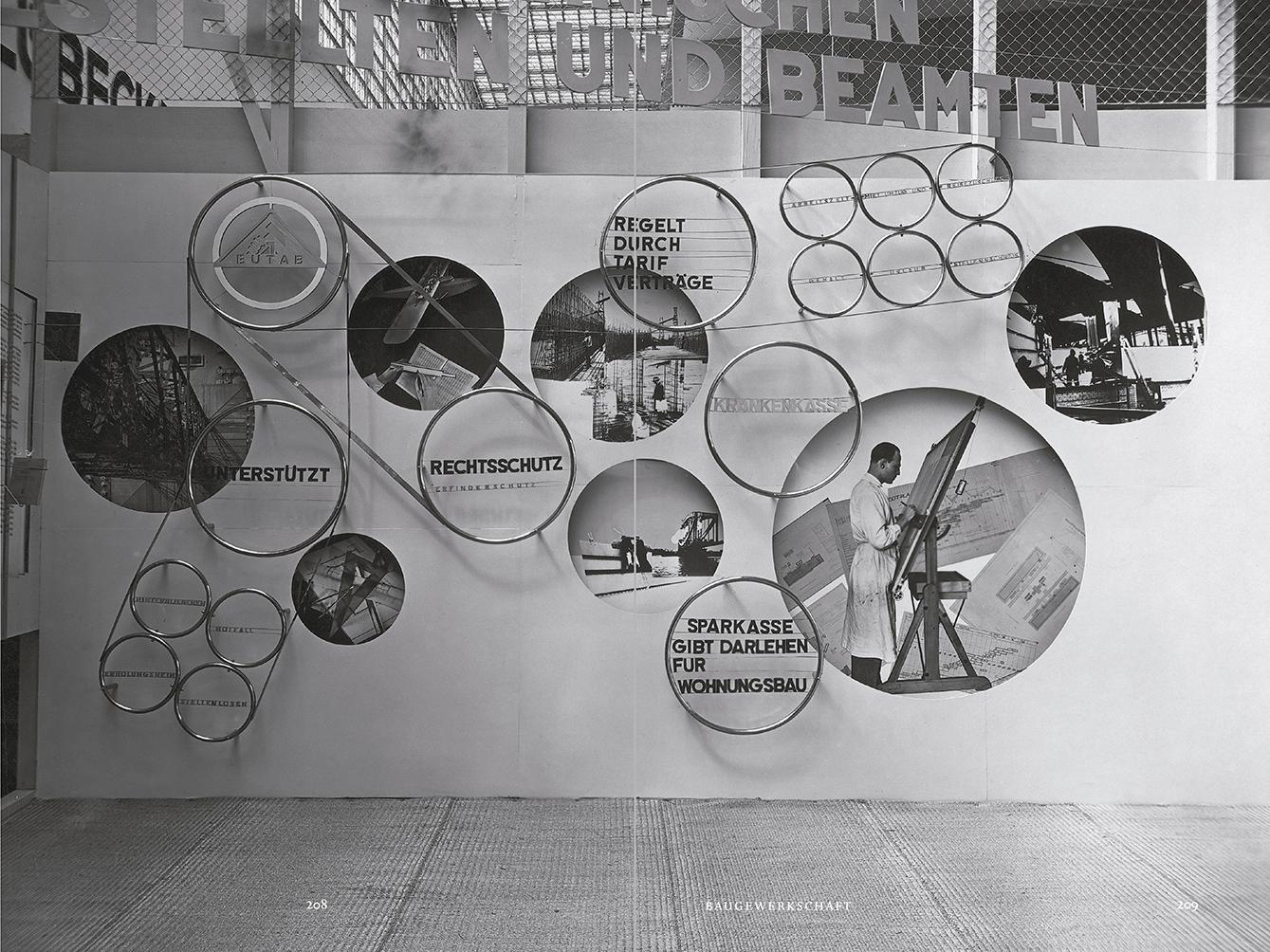 """Selección del catálogo """"Espacios fotográficos públicos. Exposiciones de propaganda, de Pressa a The Family of Man, 1928-1955"""" páginas 208 y 209"""