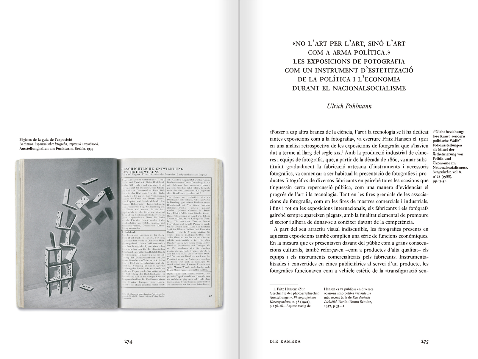 """Selección del catálogo """"Espacios fotográficos públicos. Exposiciones de propaganda, de Pressa a The Family of Man, 1928-1955"""" páginas 274 y 275"""